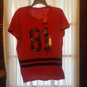 81 NWT Guess Sequin Accent Tshirt
